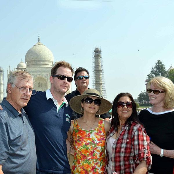 preity-zinta- with family members