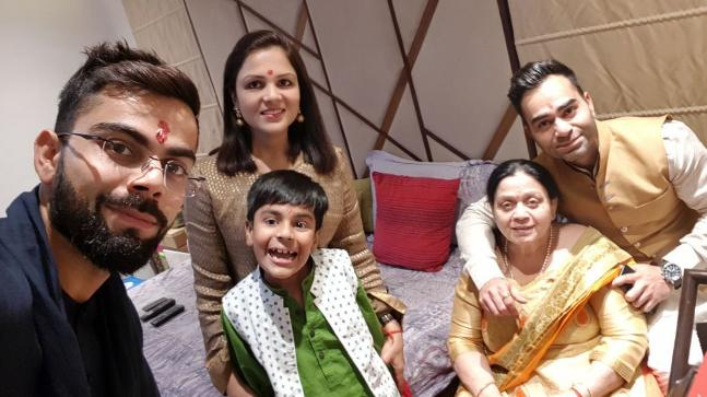 family of virat kohli